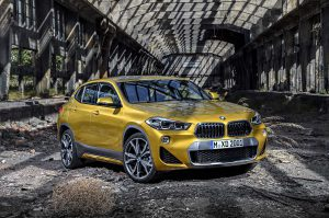 Фото нового кроссовера BMW X2