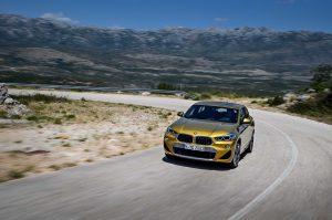 Новый автомобиль BMW X2