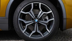 Фото кроссовера BMW X2