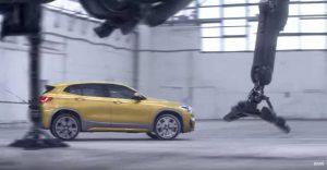 Классная музыка из рекламы BMW X2, паук-робот и лужа золота