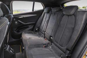 Фото салона кроссовера-купе BMW X2