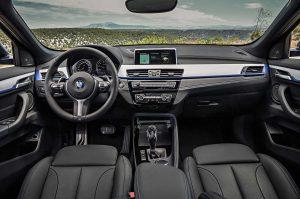 Фото интерьера кроссовера-купе BMW X2