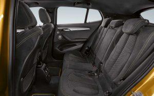 Фото интерьера купе-кроссовера BMW X2