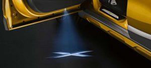 Фото интерьера спортивного купе-кроссовера БМВ Х2