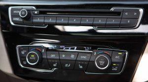 Фото салона автомобиля БМВ Х2