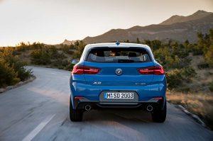 Фото синего кузова БМВ Х2